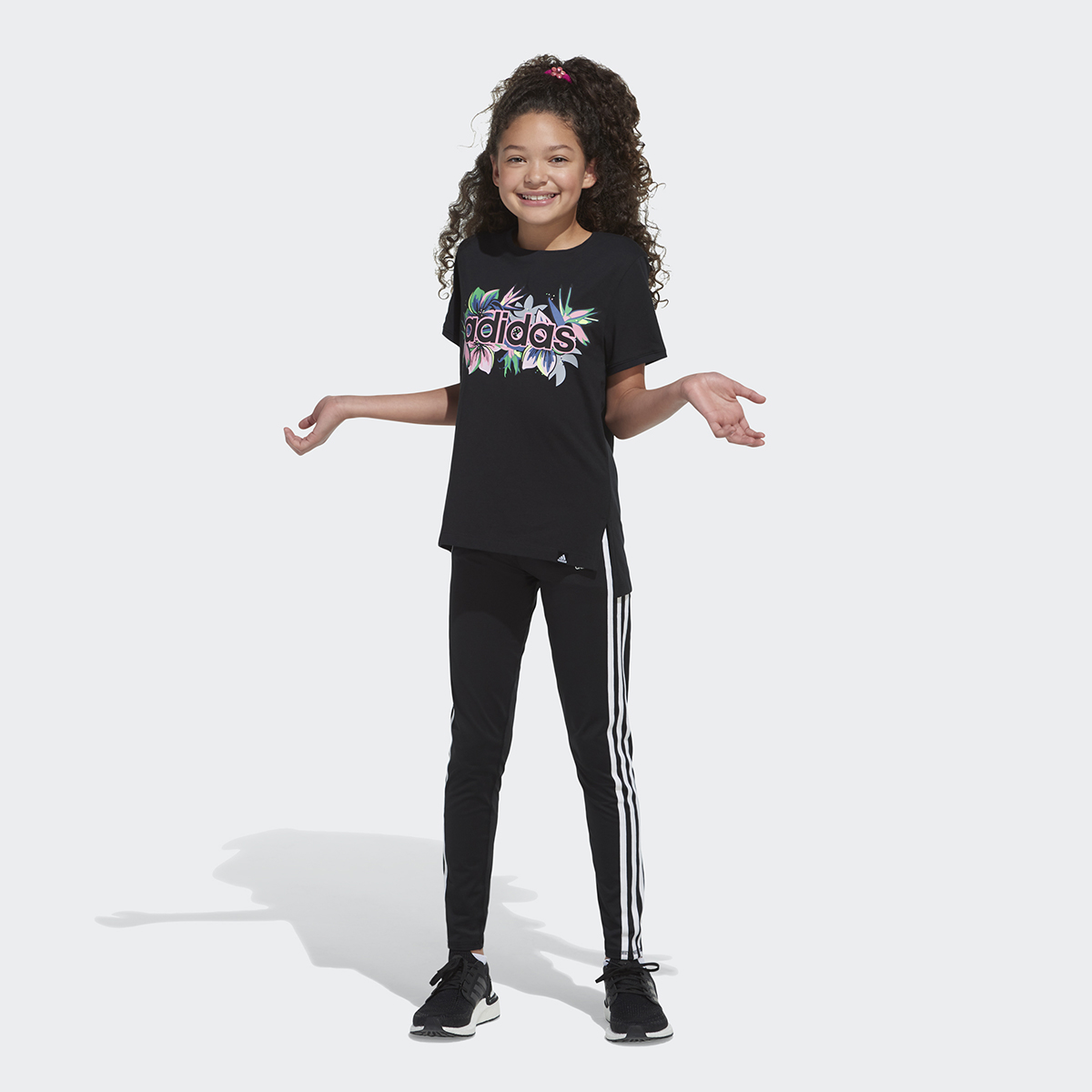 ADIDAS_YOUTH_SPRING21_AA4845_AK01_3534